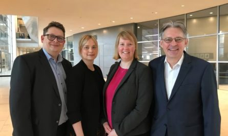 Die heimischen SPD-Abgeordneten Wiebke Esdar, Marja-Liisa Völlers, Achim Post und Stefan Schwartze
