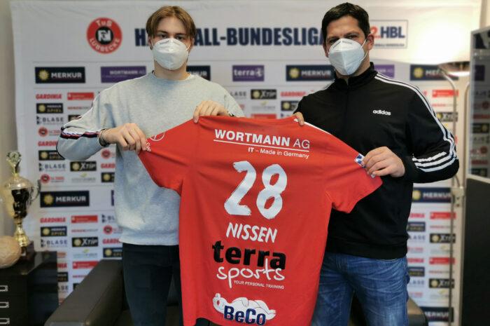 Marek Nissen bleibt bis 2023 beim TuS N-Lübbecke